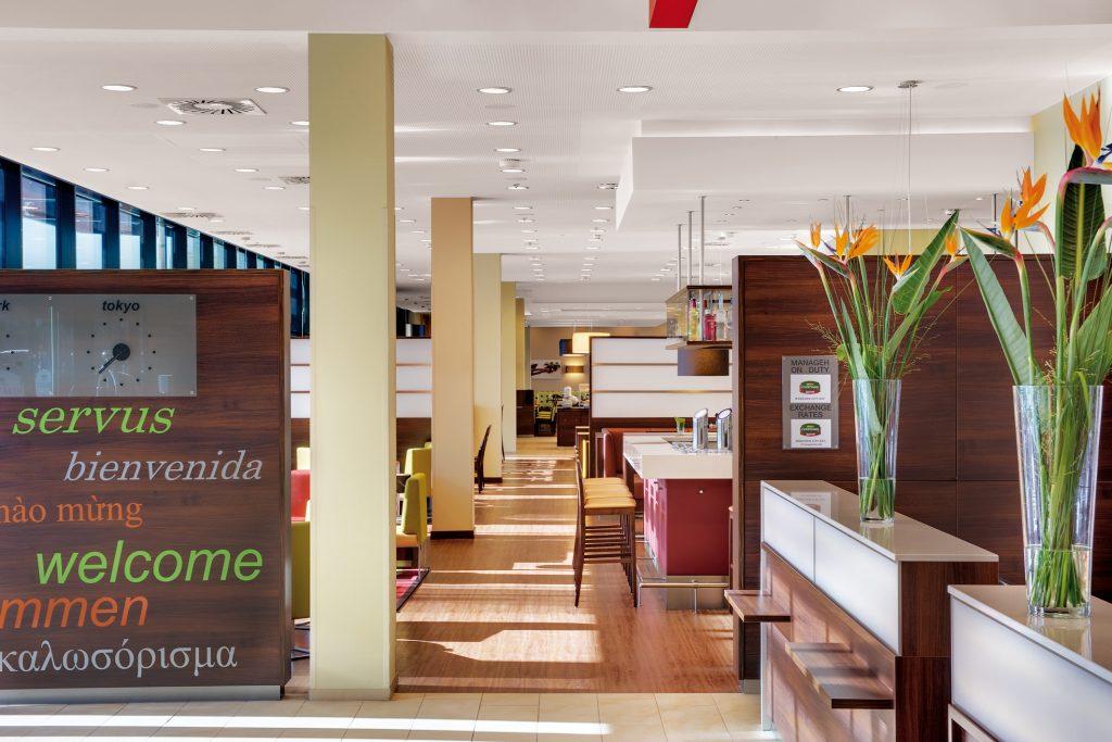 Marriott Hotel & Residence Inn München - Rezeptionsbereich