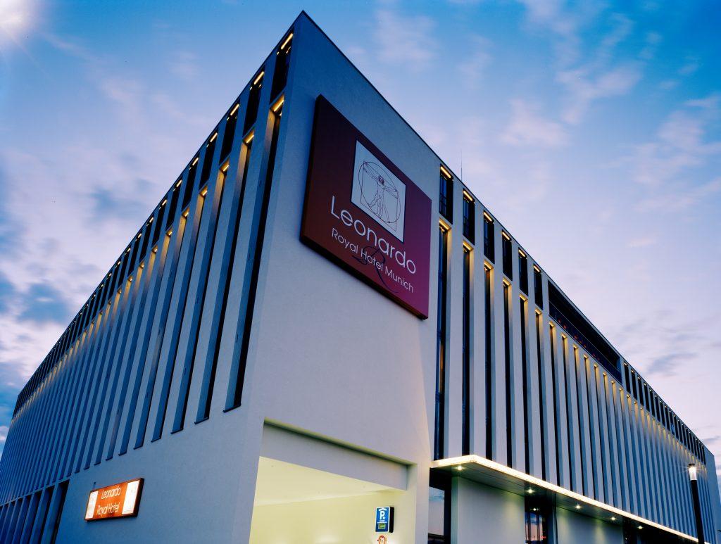 Leonardo Royal Hotel München - Abends