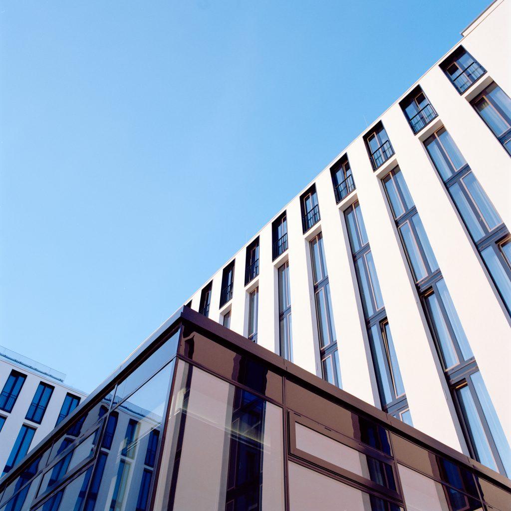 Leonardo Royal Hotel München - Komposition Fassade