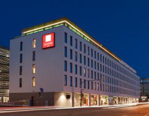 Leonardo Hotel Munich South - Straßenansicht