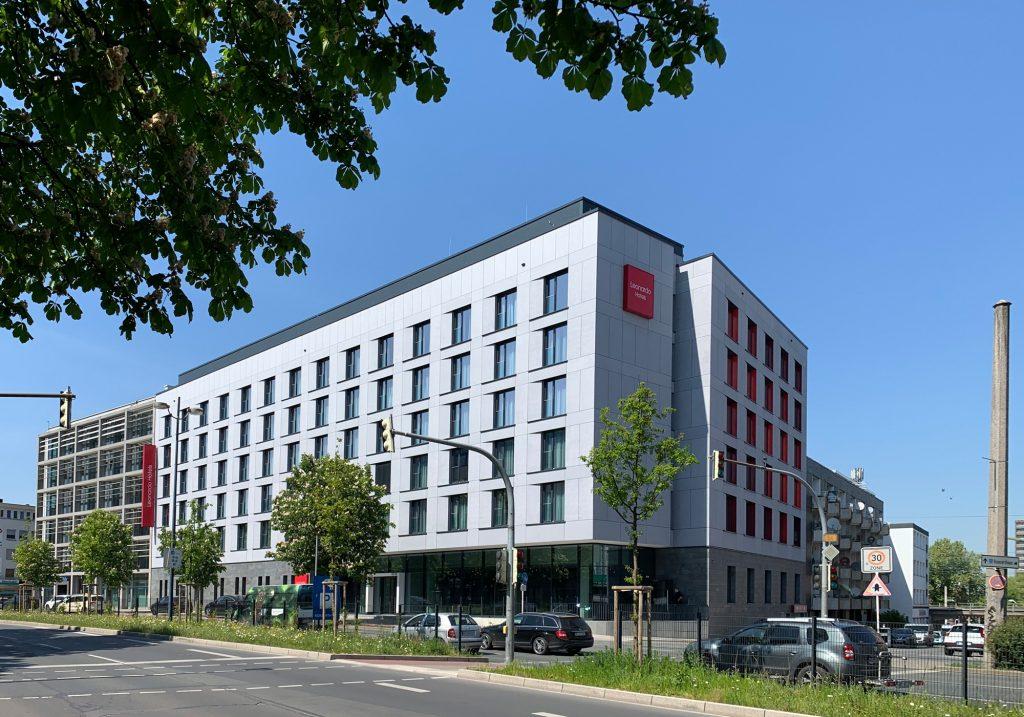 Leonardo Hotel Dortmund - Straßenansicht Tag