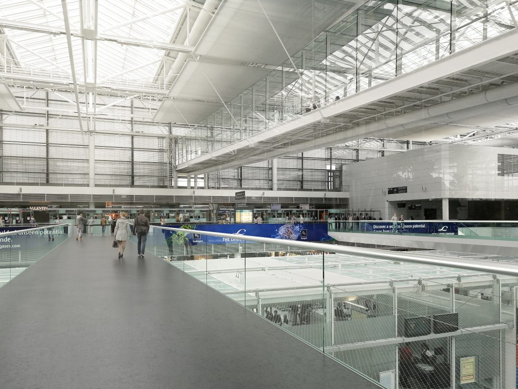 Sicherheitskontrollen Terminal 2 Flughafen München